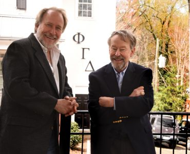 Drs. Jonathan Jarman ('86), left, and Sam Richwine ('77)