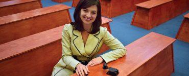 christina henderson harner_with_telegraph