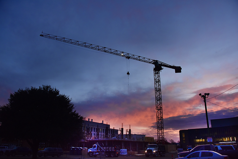 Tower crane at College of Science and Mathematics Building